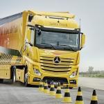 Este camión de Mercedes detecta peatones