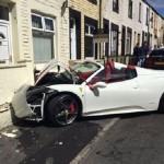 El Ferrari de 300.000 euiros que empotraron los novios el día de su boda