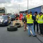 La huelga de transporte se cobra la vida de un conductor de una empresa española