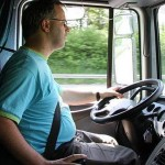 Los profesores de los cursos de conductor de vehículos pesados no tienen carnet de camión