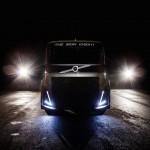 """Volvo fabrica """"el caballero de hierro"""" un camión de 2.400 CV que va a por el récord de velocidad"""
