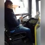 Treinta segundos wasapeando con un autobús en marcha