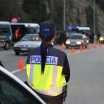 Detenido ebrio un camionero tras golpear la cabina de otro camión mientras su conductor dormía en la Junquera