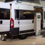 Cuando veas el interior de esta furgoneta querrás tener una en tu garaje