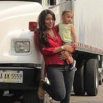 Camionera, 3ª en Miss Universo, modelo, y madre soltera