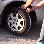 ¿Se puede arrancar el motor de un coche con una cuerda si te quedas sin batería? (Vídeo)