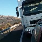 Cómo sacar de sus casillas a un camionero – Vídeo