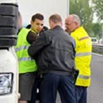 La policía holandesa detiene a un camionero español por llevar migrantes en el congelador