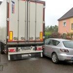 Un camión termina en una zona residencial buscando la  A40, en Essen