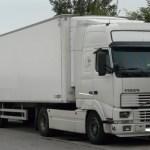 Un año de cárcel para un camionero sin carné que endosaba sus multas a un amigo