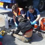 Hallan a 27 inmigrantes en el doble fondo de un camión en la frontera de Melilla y rescatan a un polizón