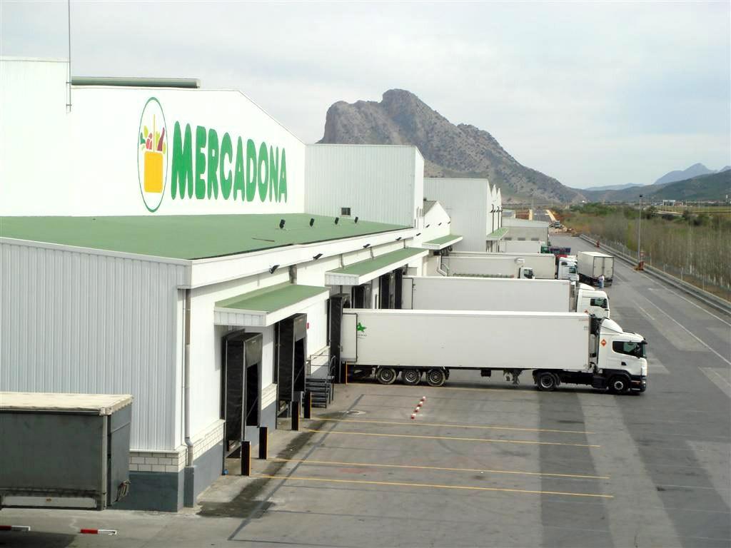 Acotral, una de las mejores compañías para trabajar, necesita 20 conductores a 2.084 – 2.250€