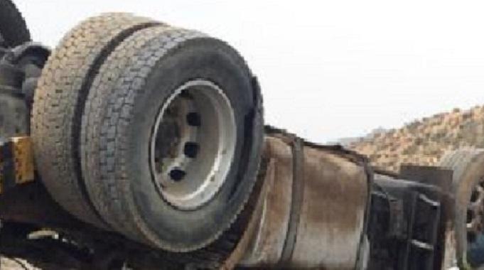 Fallece un camionero al chocar otro camión y un todoterreno en Santa Perpetua
