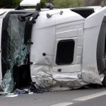 Fuertes atascos en la BI-625 hacia Burgos por un camión volcado en Zaratamo