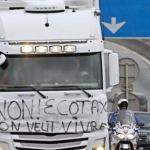 Francia intenta por quinta vez establecer  la ecotasa a camiones