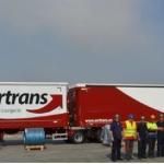 Acerinox  pone en marcha su primera ruta con 'mega camión' en el trayecto entre Cádiz y Tarragona