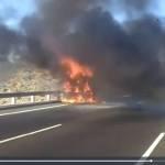 Fallece carbonizado tras volcar e incendiarse el camión que conducía  en la A-360