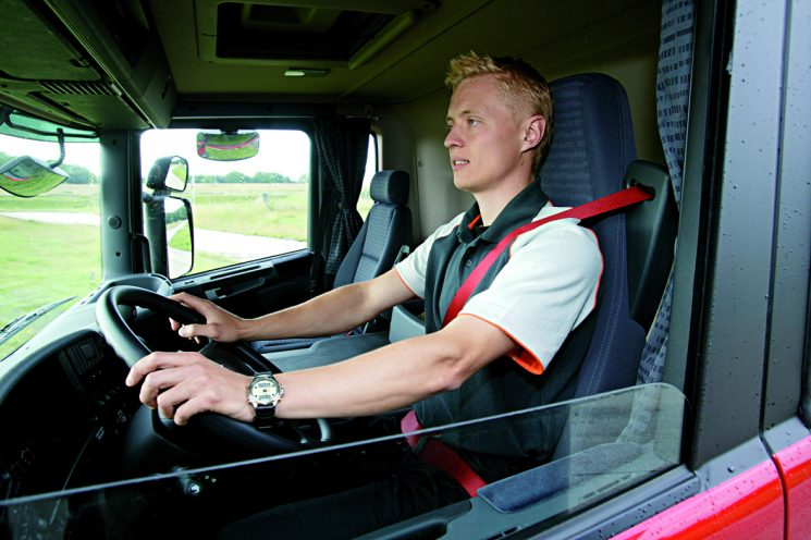 Cómo ser conductor de camiones. Requisitos, sueldo y cursos