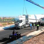 Otro camión se queda atrapado en un gálibo de Don Benito