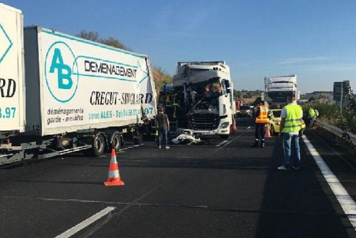 Se estrellan cuatro camiones en la autopista A9 entre Béziers y Narbonne