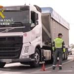 La Guardia Civil investiga a un camionero portugués por manipular el tacógrafo digital con un imán