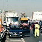 Un policía dispara a un camionero durante una discusión de tráfico