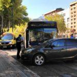 Nueve heridos en un choque entre un autobús urbano y un turismo
