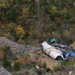 Impresionante. El arriesgado rescate del camionero accidentado en Torrecilla