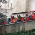El tren turístico no tira y tienen que empujar en Girona