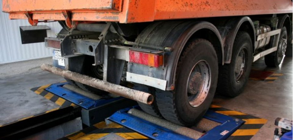 Camiones semirremolques rechazos ITV