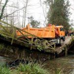Se desploma un puente en Oiartzun al paso de un camión