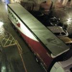 Dos horas marcha atrás para sacar un camión del casco antiguo de Borja