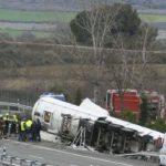 El conductor ha fallecido al volcar su camión a la altura de Écija