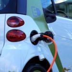 Un automóvil eléctrico emitiría 35 toneladas de CO2 según un estudio español