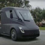 ¡¡¡ATENCIÓN!!! 'Pillan' al camión eléctrico de Tesla circulando por la carretera – Vídeo