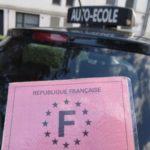 Francia ayuda con 500€ a los jóvenes para sacarse el carné de conducir