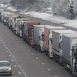 El transporte francés se queja de la mala organización por la nieve y pérdidas de  60 millones de € por día