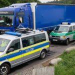 Polizei Bei Einer Lkw Kontrolle Griechischer Lkw Fahrer War Nahezu Pausenlos Unterwegs 150x150