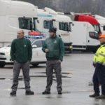 El temporal: A los camioneros nos han dejado tirados en la autopista, perdimos toda la jornada