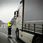 """De """"Inconscientes"""" es bloquear los camiones sin importar quien va arriba"""