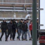 Guerra entre camioneros e inmigrantes en Ceuta