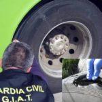 Denuncian al conductor de un autobús con 60 viajeros por viajar con las ruedas en mal estado