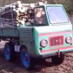 Este diminuto camión alemán de los 60 carga y remolca más peso que los mejores pick-up actuales