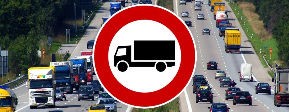 Estas son las restricciones completas 2019 al transporte pesado en Italia