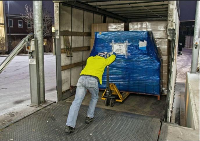 Trabajar de camionero para un auténtico negrero 21 horas por 1200 euros