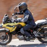 Las mujeres se suben a la moto