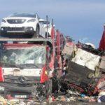 La brutal colisión de 5 tráiler se lleva a vida de 2 camioneros en Francia