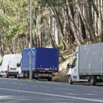 Los camioneros del Este, obligados a dejar los aparcamientos de Samil