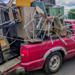 El conductor que se pasó con la carga de su pick-up y fue pillado dos veces
