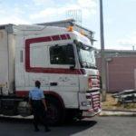 Interceptan un camión de mercancías peligrosas que viajaba a 140 km/h